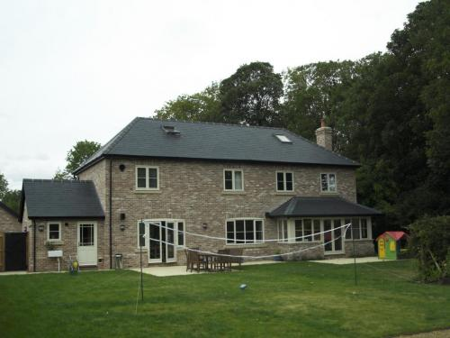 Seven-bedroom-detached-house-in-houghton-designed-by-ely-design-group